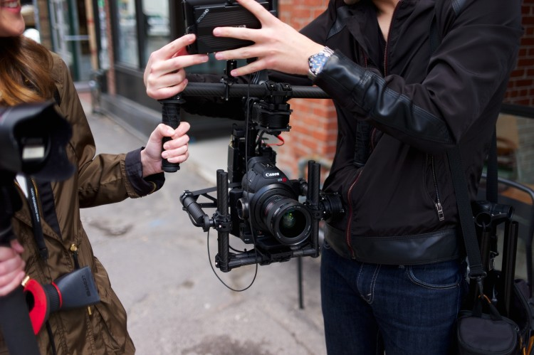 Outside In Studio - Movi M5